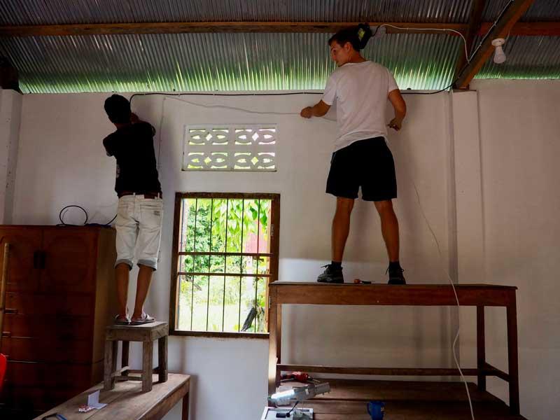 Elektrifizierung der Schule