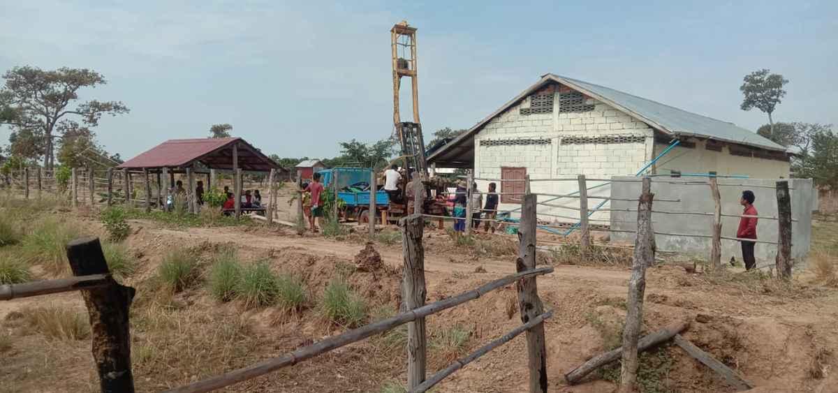 Tiefbrunnen für die Schulkinder nahe Anlong Veng
